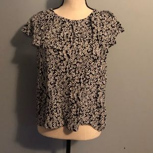 WhoWhatWear Black and White Floral Top